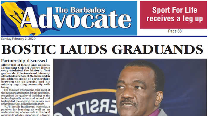 BOSTIC LAUDS GRADUANDS